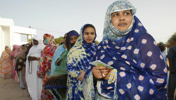النساء يمثّلن 52% من سكّان البلاد