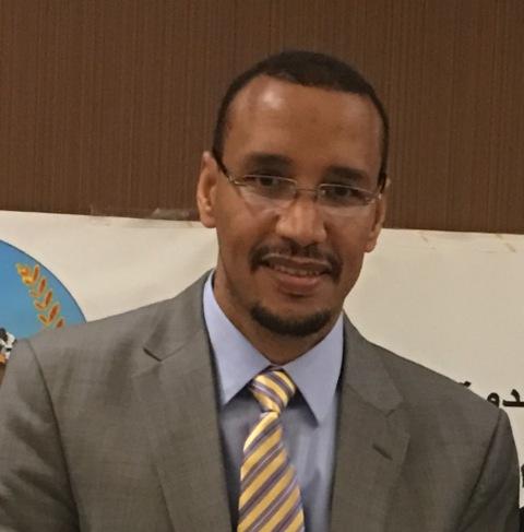 الدكتور عبد الله ولد بيان